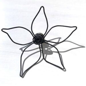 Shiny Star Wire Flower Brooch2